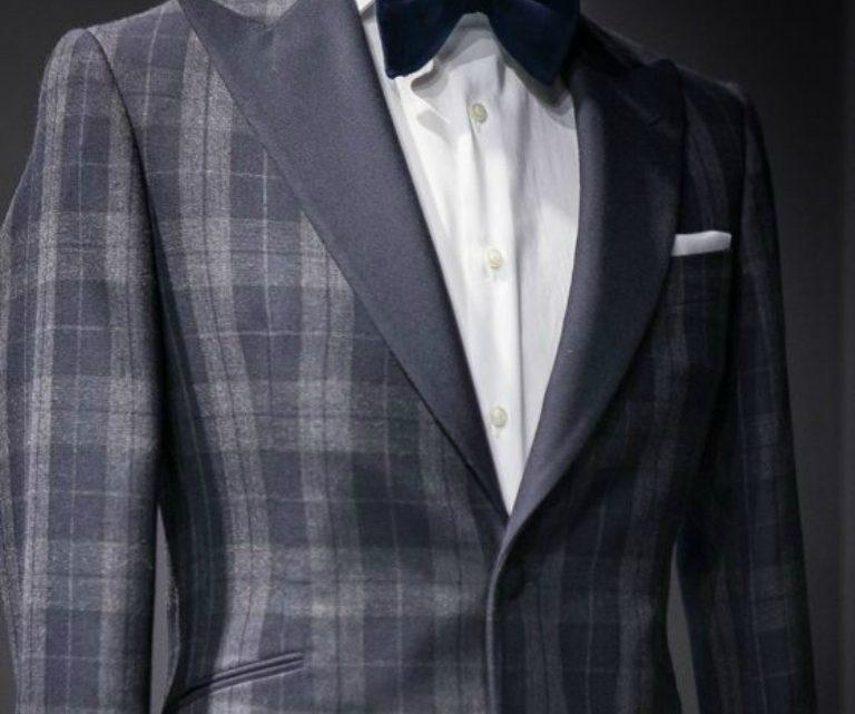 tinuta 24 black tie square