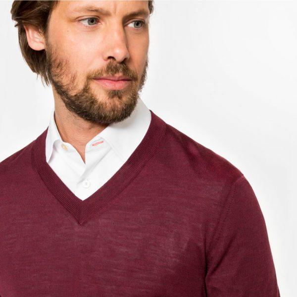 pulover in v cover square